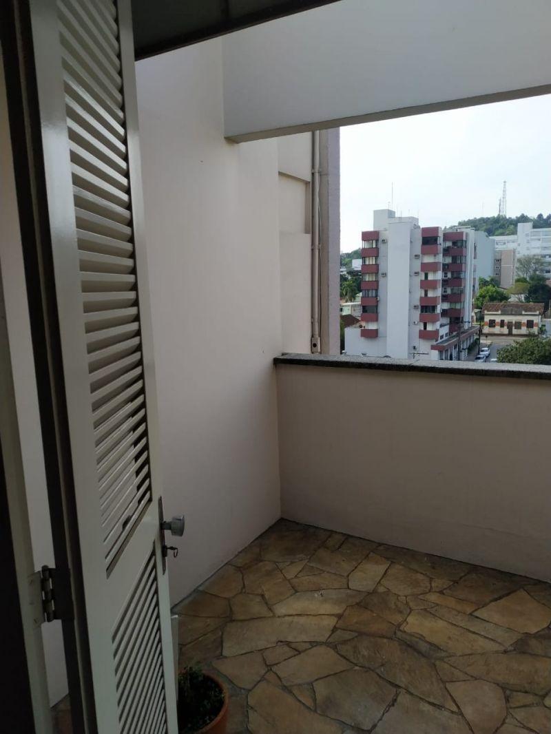 ApartamentoAluguel em Taquara no bairro Centro