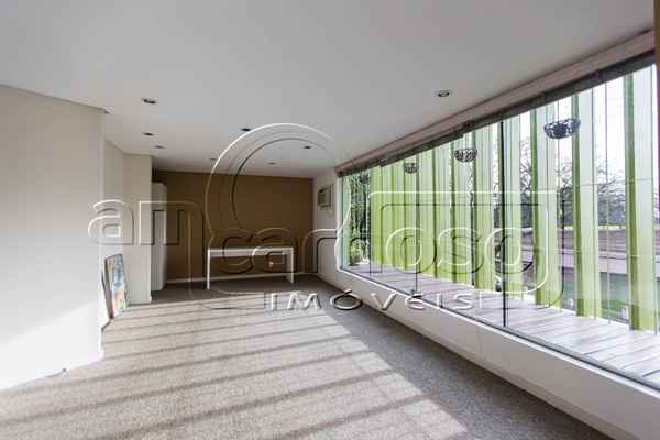 Sala para alugar  com  72 m²  no bairro PRAIA DE BELAS em PORTO ALEGRE/RS