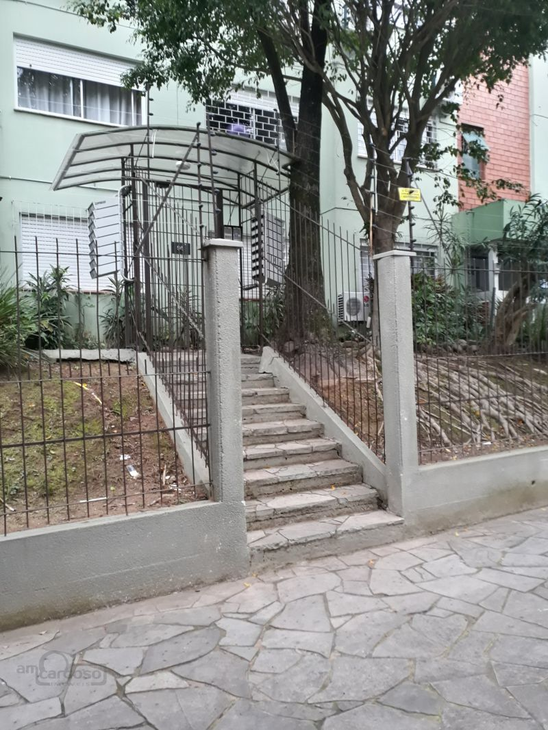Apto 2 Quartos no bairro JARDIM PLANALTO em PORTO ALEGRE