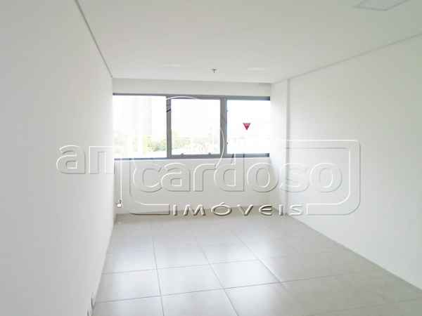 Sala para alugar  com  25 m²  no bairro SAO SEBASTIAO em PORTO ALEGRE/RS