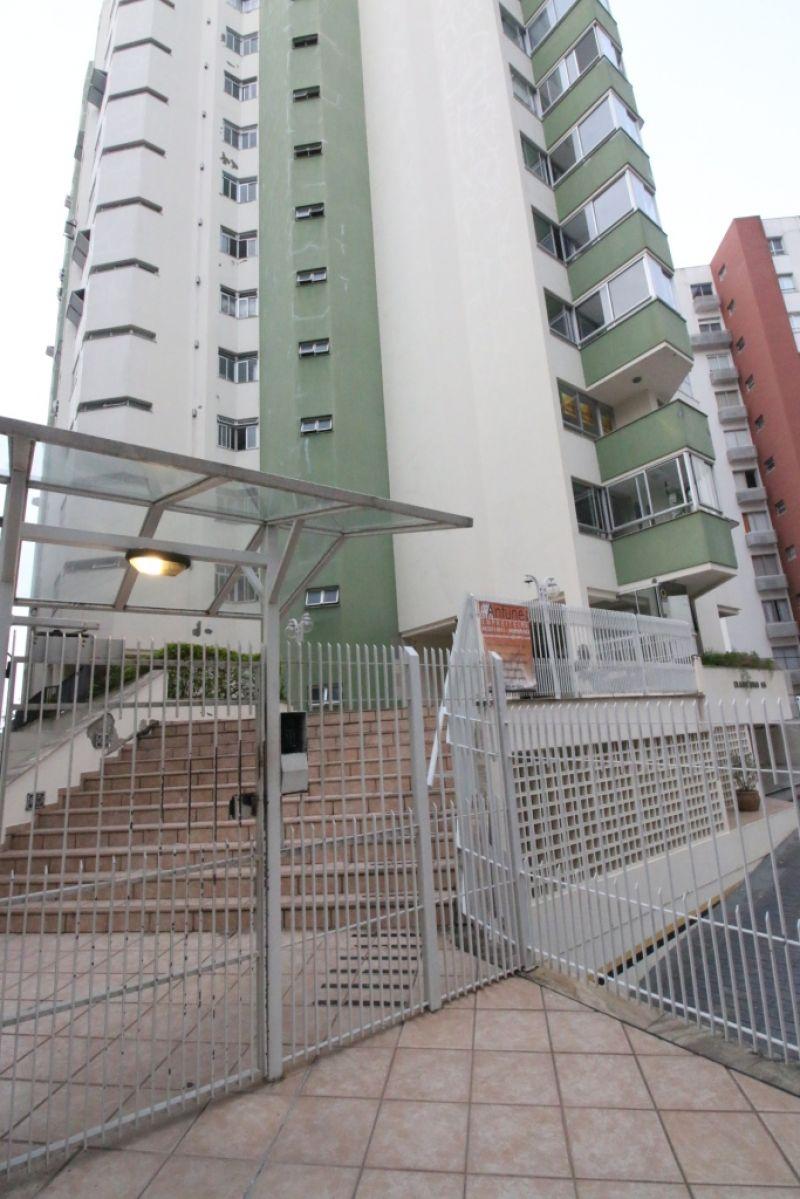 APARTAMENTO 2d  no bairro CENTRO em FLORIANOPOLIS
