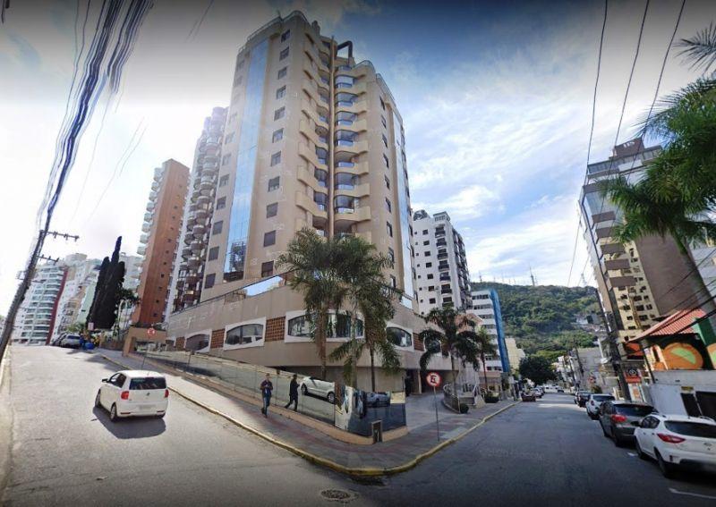 APARTAMENTO 4d  no bairro CENTRO em FLORIANOPOLIS
