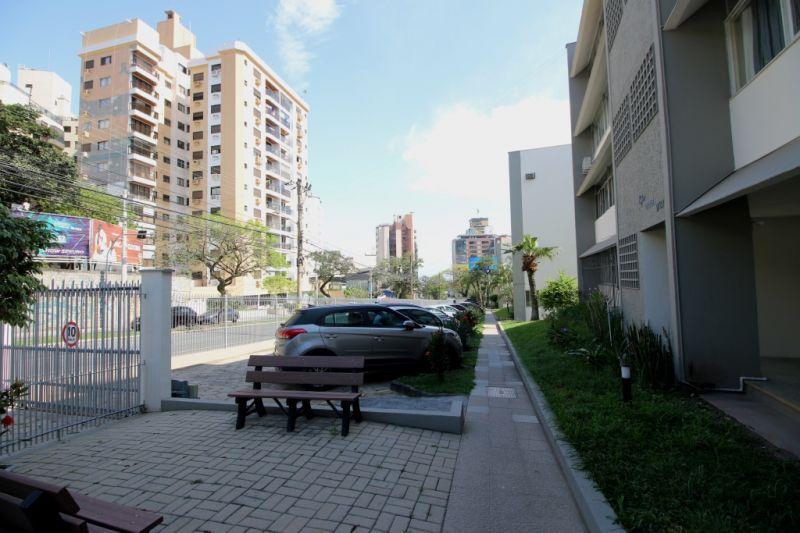 APARTAMENTO 3d  no bairro CENTRO em FLORIANOPOLIS