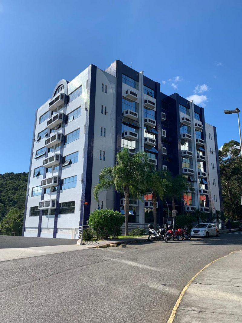 SALA no bairro JOÃO PAULO em FLORIANOPOLIS