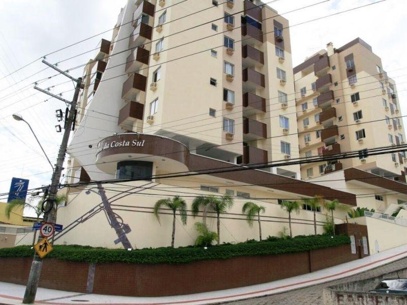 APARTAMENTO 3d  no bairro COSTEIRA DO PIRAJUBAÉ em FLORIANÓPOLIS