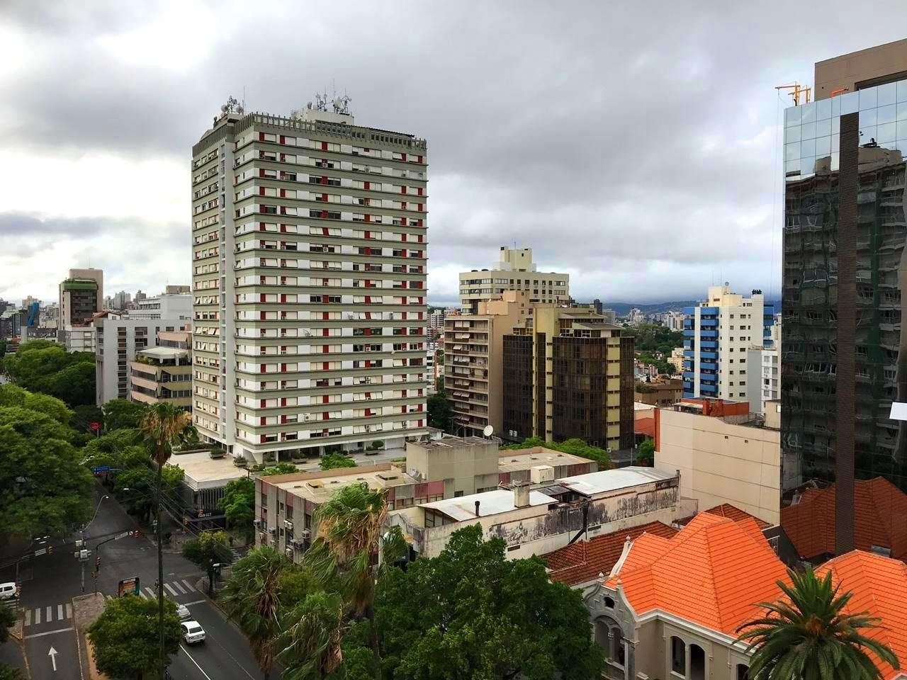 Apto 3 quartos, 170 m²  no bairro INDEPENDENCIA em PORTO ALEGRE/RS - Loja Imobiliária o seu portal de imóveis de locação