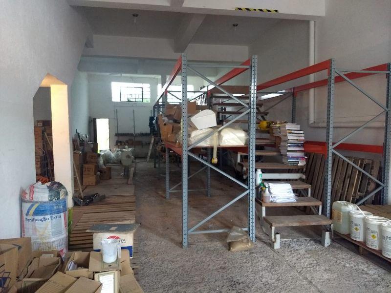 Casa 3 quartos, 460 m²  no bairro NAVEGANTES em PORTO ALEGRE/RS - Loja Imobiliária o seu portal de imóveis para alugar, aluguel e locação