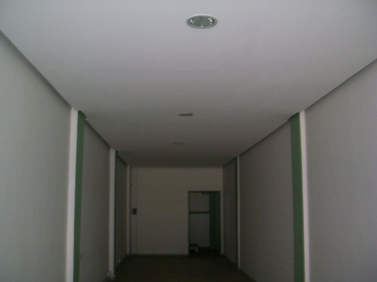 Loja para alugar  com  no bairro FLORESTA em PORTO ALEGRE/RS