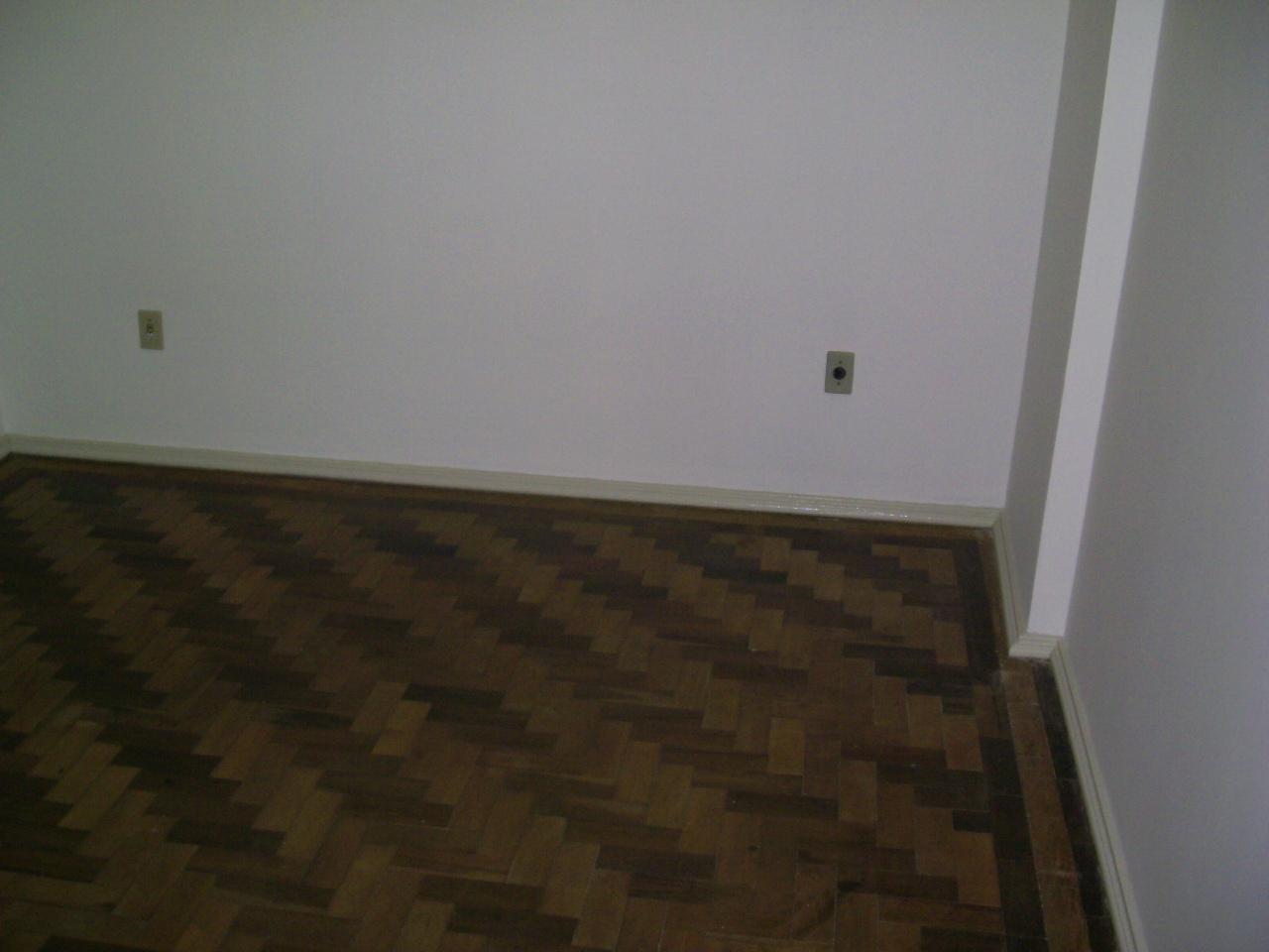 Apto para alugar  com  2 quartos no bairro FLORESTA em PORTO ALEGRE/RS