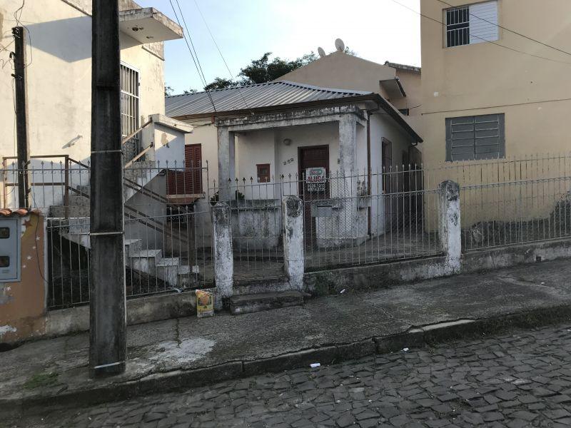 Casa 3 quartos no bairro ITARARE em SANTA MARIA/RS - Loja Imobiliária o seu portal de imóveis para alugar, aluguel e locação