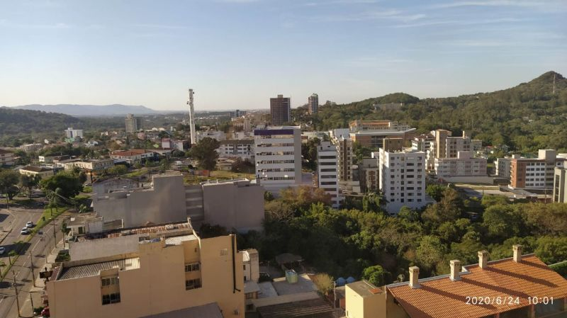 Apto para alugar  com  2 quartos no bairro NOSSA SENHORA DAS DORES em SANTA MARIA/RS