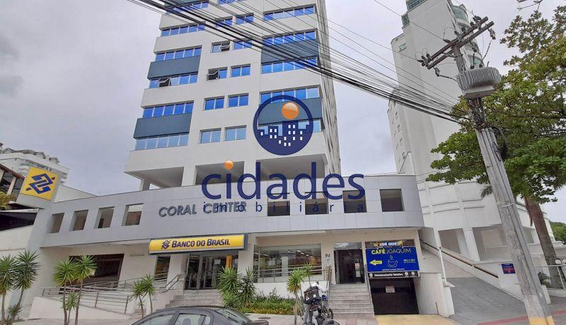 Sala Comercial no bairro COQUEIROS em FLORIANOPOLIS