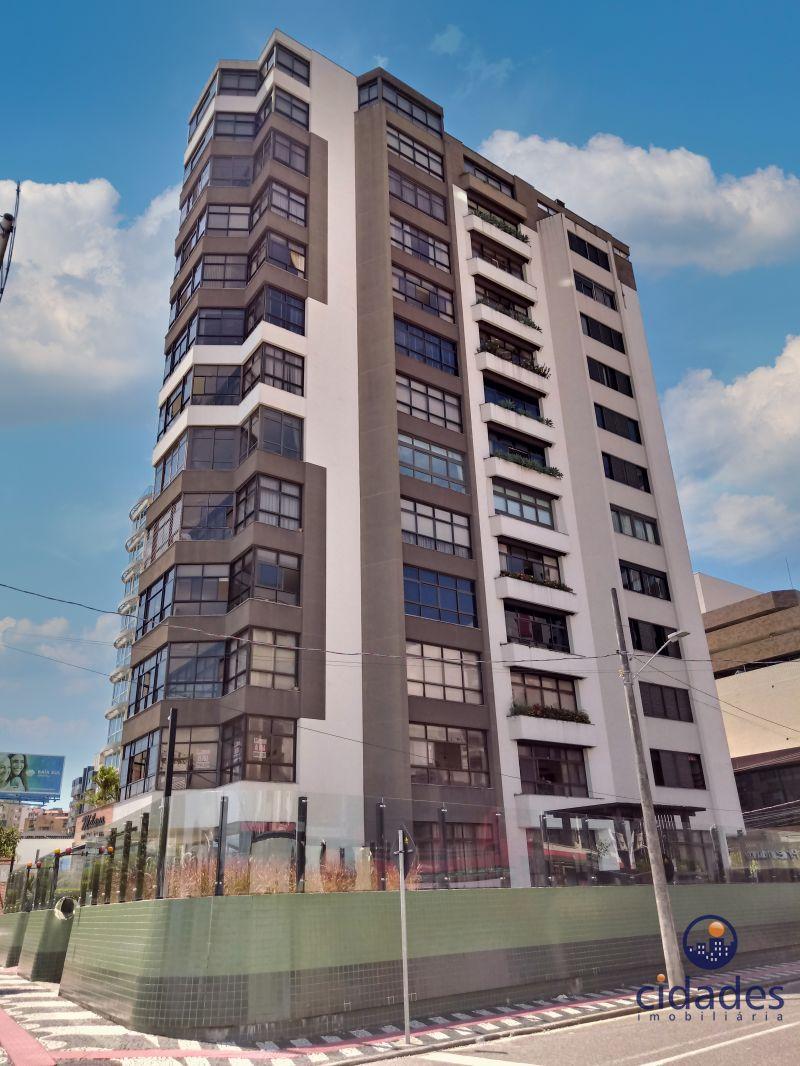 Apartamento 4 Quartos e  2 Suítes no bairro CENTRO em FLORIANOPOLIS