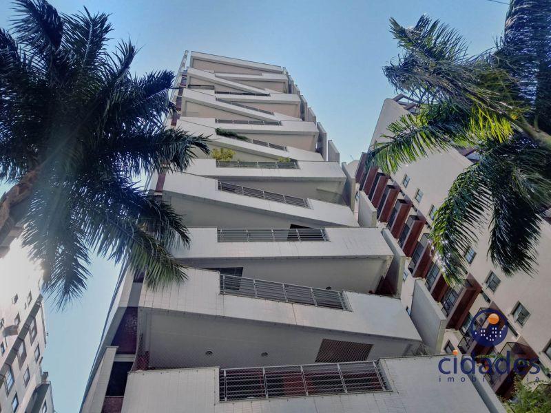 Apartamento 3 Quartos e  3 Suítes no bairro CENTRO em FLORIANOPOLIS