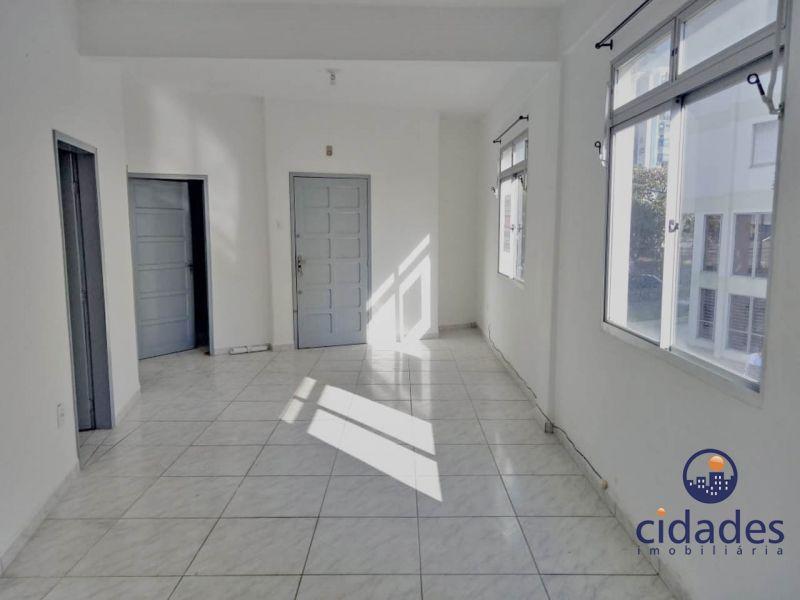 Apartamento 3 Quartos e  1 Suíte no bairro CENTRO em FLORIANOPOLIS