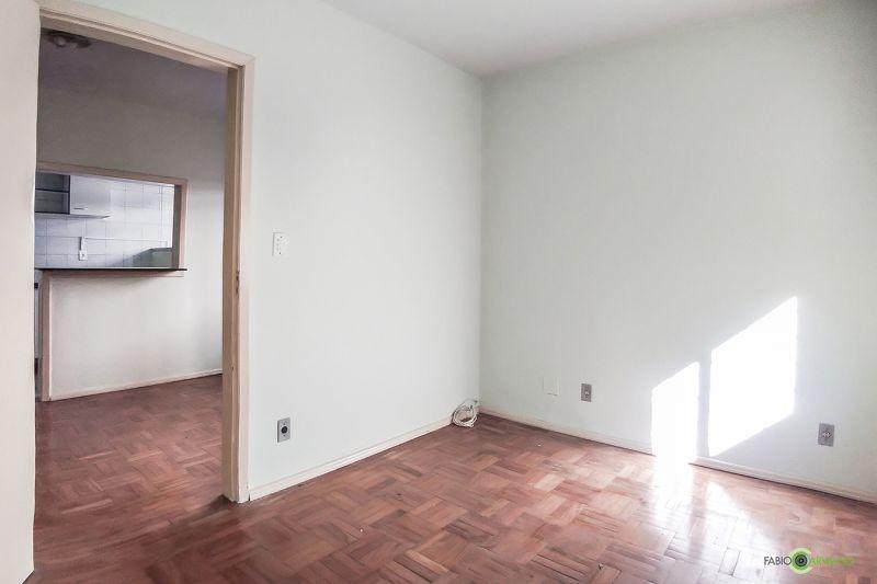 Apto para alugar  com  1 quarto no bairro PASSO D AREIA em /