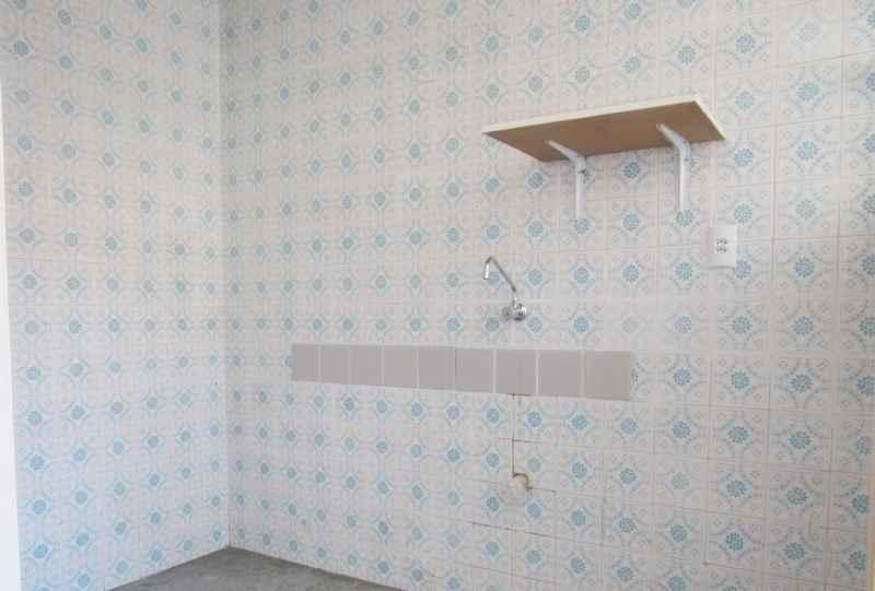 Kit / JK para alugar  com  1 quarto 32 m²  no bairro VILA IPIRANGA em PORTO ALEGRE/RS