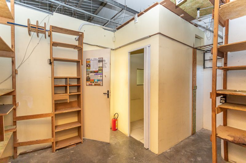 Loja, 72 m²  no bairro SARANDI em PORTO ALEGRE/RS - Loja Imobiliária o seu portal de imóveis de locação