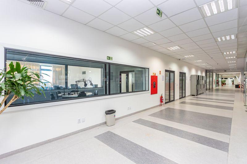 Loja, 985 m²  no bairro JARDIM LINDOIA em PORTO ALEGRE/RS - Loja Imobiliária o seu portal de imóveis para alugar, aluguel e locação