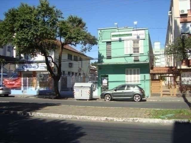 Casa 4 quartos, 250 m²  no bairro MENINO DEUS em PORTO ALEGRE/RS - Loja Imobiliária o seu portal de imóveis para alugar, aluguel e locação