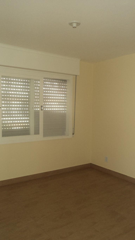Apartamentos para alugar  com  3 quartos no bairro CENTRO em PELOTAS/RS