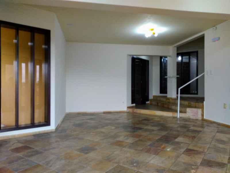 Sala para alugar  com  89.58 m²  no bairro NOVA BRASILIA em JARAGUA DO SUL/SC