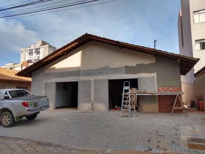 Sala, 95 m²  no bairro CENTRO em JARAGUA DO SUL/SC - Loja Imobiliária o seu portal de imóveis para alugar, aluguel e locação