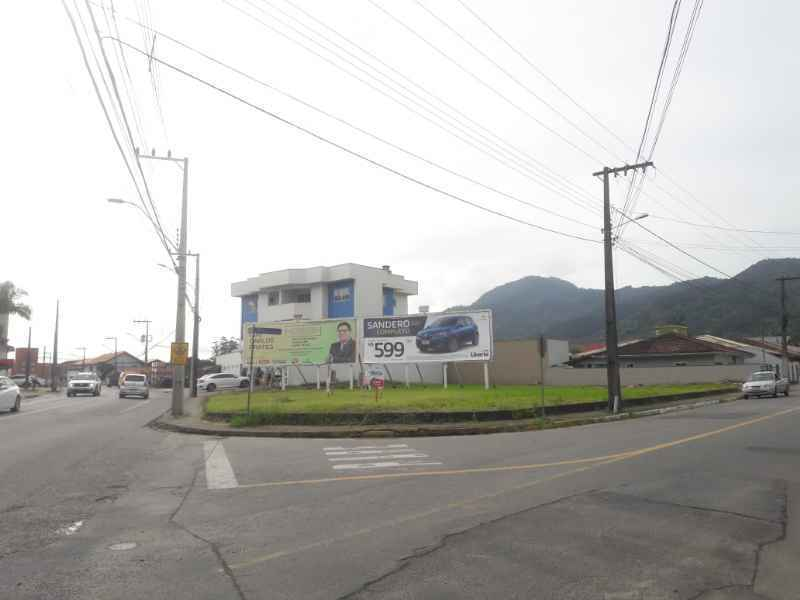 Terreno para alugar  com  60480 m²  no bairro ILHA DA FIGUEIRA em JARAGUA DO SUL/SC
