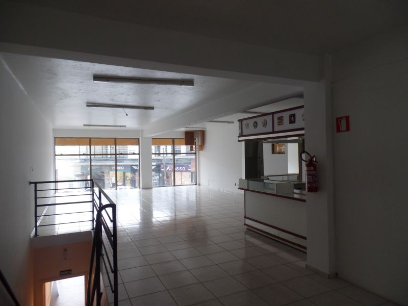 Sala Térrea para alugar  com  151.82 m²  no bairro CENTRO em FARROUPILHA/RS