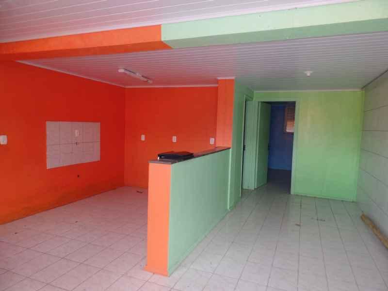 Casa/Residência para alugar  com  2 quartos 45 m²  no bairro PRIMEIRO DE MAIO em FARROUPILHA/RS