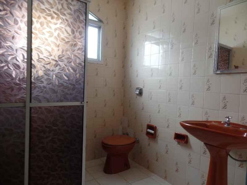 Apto para alugar  com  2 quartos 84 m²  no bairro PARQUE em FARROUPILHA/RS