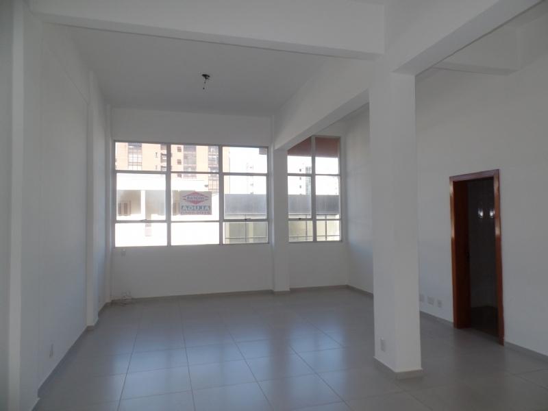 Sala Aérea para alugar  com  42.2 m²  no bairro CENTRO em FARROUPILHA/RS