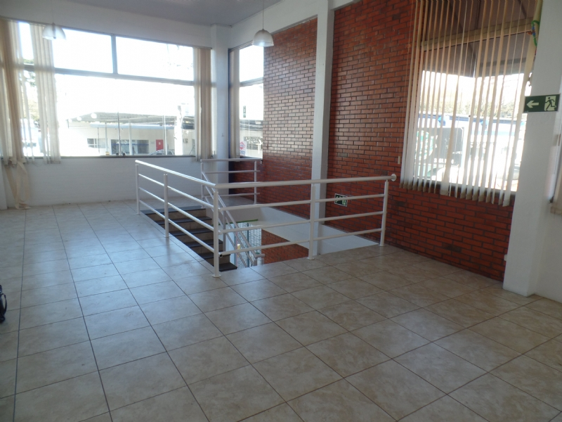Sala Aérea para alugar  com  600 m²  no bairro CENTRO em FARROUPILHA/RS