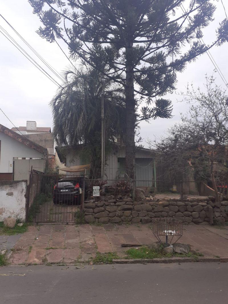 Casa/Fundos 1 Quarto no bairro JARDIM ITU SABARA em PORTO ALEGRE