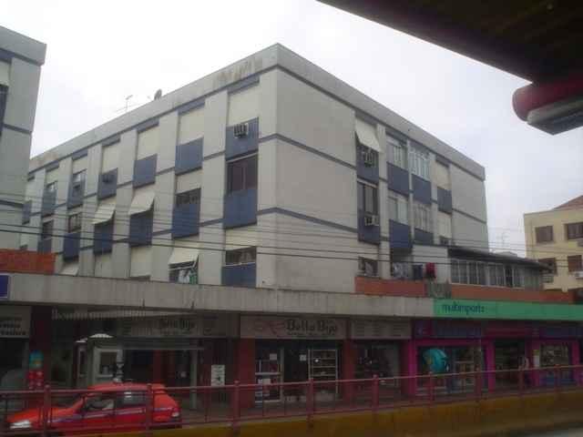 Apto 2 Quartos no bairro SAO JOAO em PORTO ALEGRE