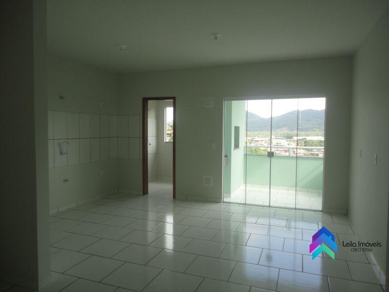 APARTAMENTO 3 quartos  no bairro NOVA ESPERANÇA em GUARAMIRIM