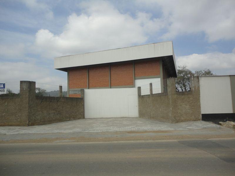 GALPAO no bairro ESCOLINHA em GUARAMIRIM