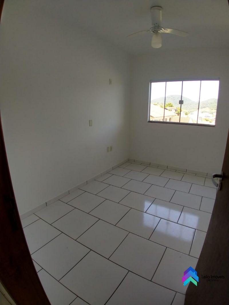Apartamento 2 quartos  no bairro Nova Esperança em GUARAMIRIM