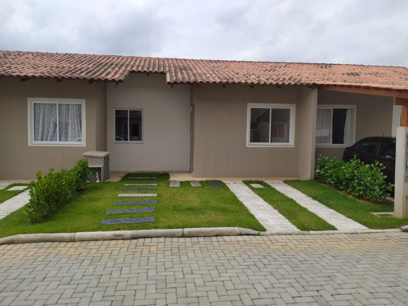 CASA 2 dormitórios no bairro BEIRA RIO em GUARAMIRIM