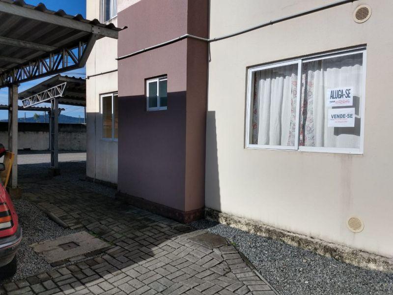 APARTAMENTO 2 dormitórios no bairro ESCOLINHA em GUARAMIRIM