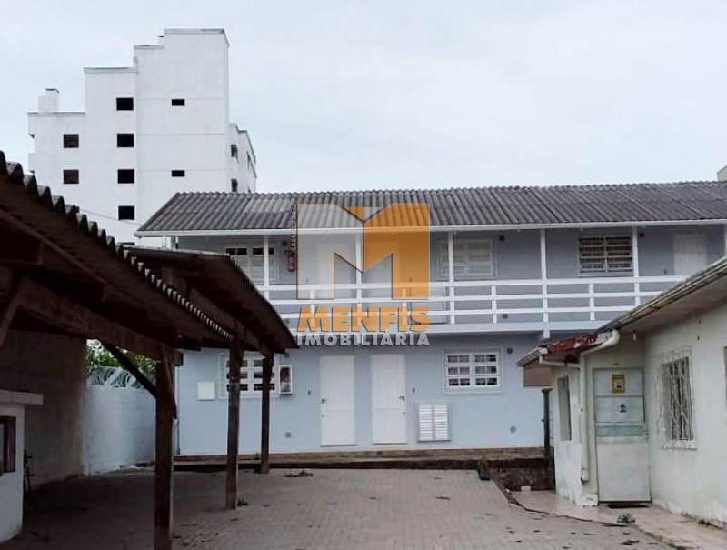 Apartamento para alugar  com  1 quarto no bairro CONTA DINHEIRO em LAGES/SC