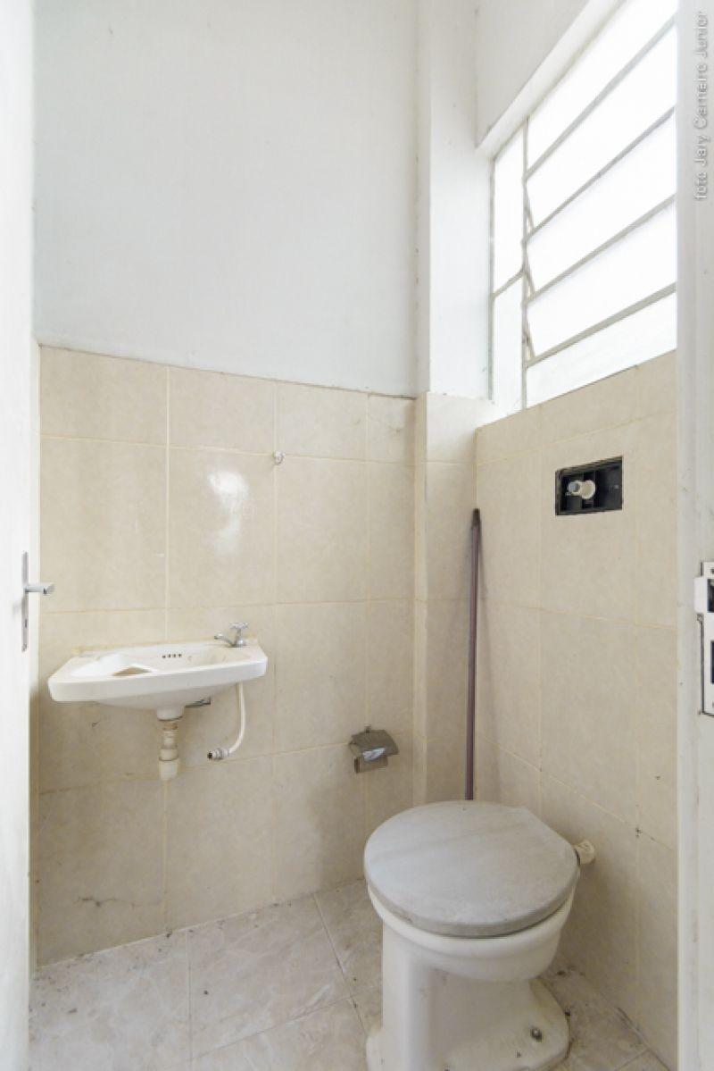 Sala para alugar  com  80 m²  no bairro CENTRO em LAGES/SC