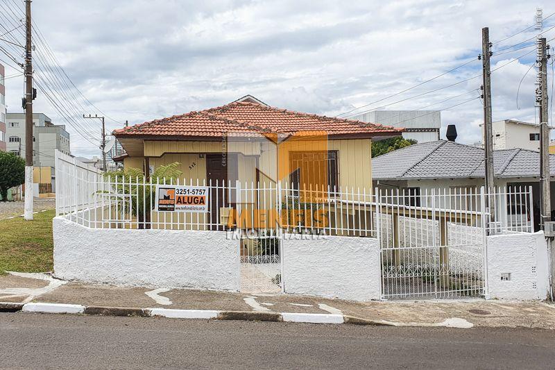 Casa  2 quartos e 1 suíte no bairro SAGRADO CORACAO DE JESUS em LAGES - Imóveis para locação em Lages e região