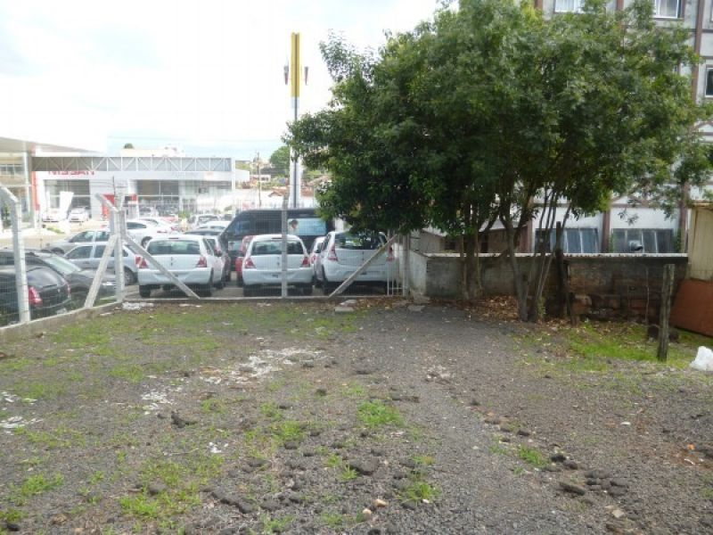 Terreno para alugar  com  360 m²  no bairro CORAL em LAGES/SC