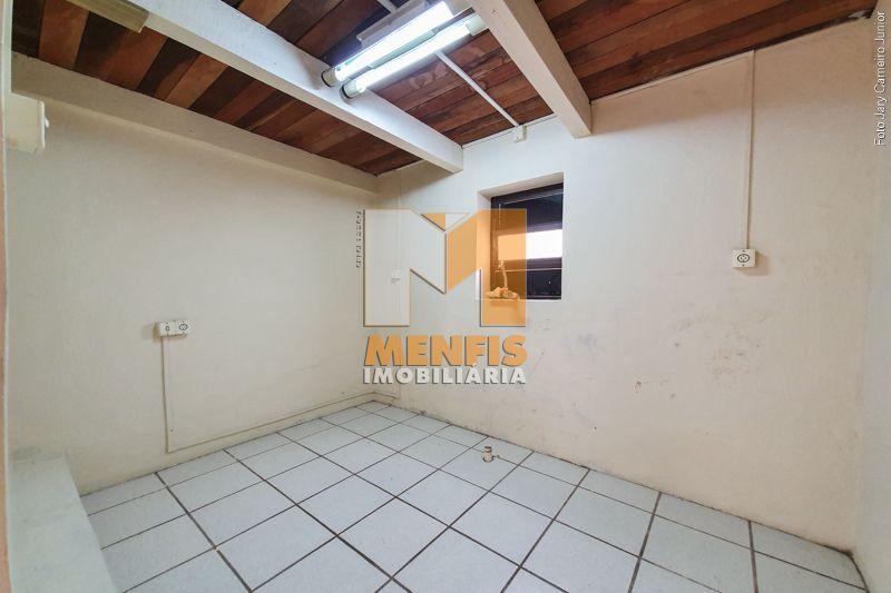 Sala para alugar  com  no bairro CENTRO em LAGES/SC