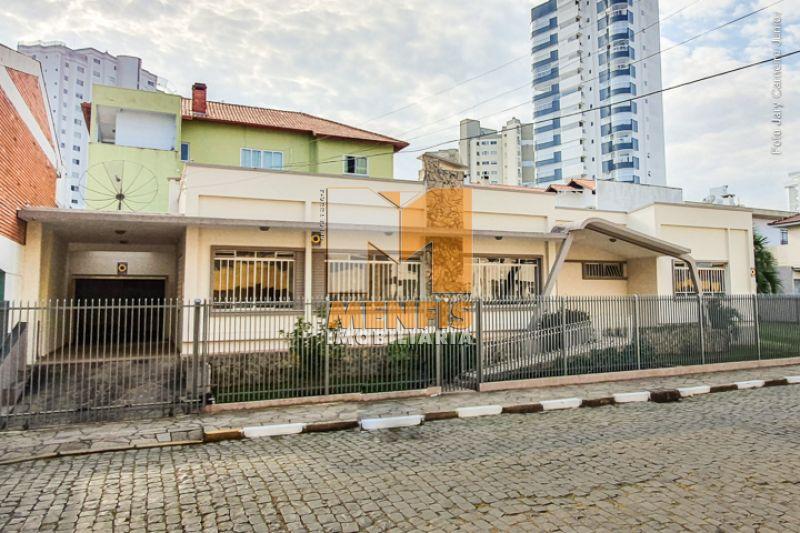 Casa  3 quartos e 1 suíte no bairro CENTRO em LAGES - Imóveis para locação em Lages e região