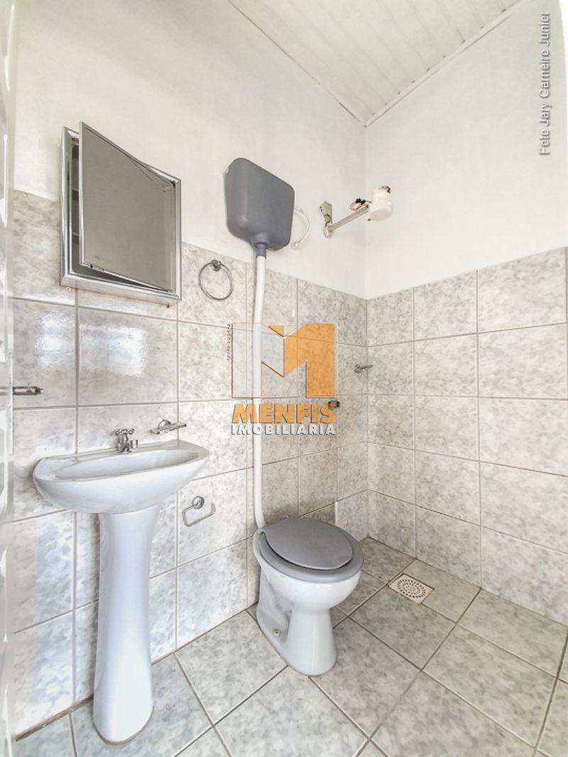 Apartamento para alugar  com  3 quartos no bairro CONTA DINHEIRO em LAGES/SC