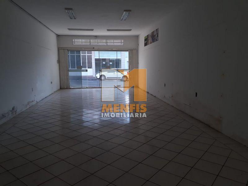 Sala para alugar  com  100 m²  no bairro CENTRO em LAGES/SC