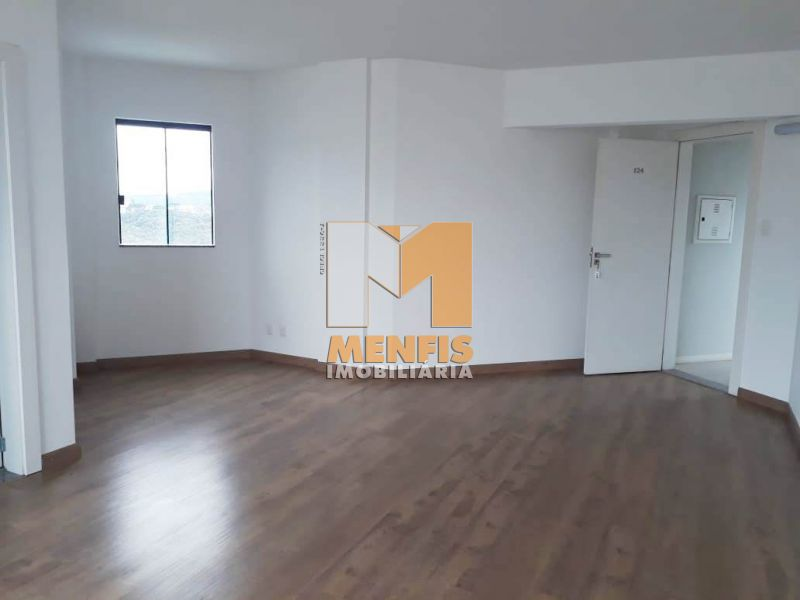 Sala para alugar  com  157 m²  no bairro CENTRO em LAGES/SC