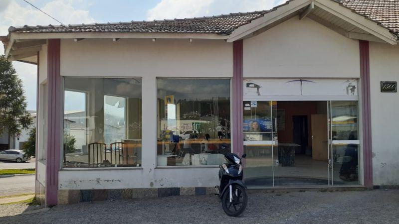 Sala para alugar  com  190 m²  no bairro CENTRO em LAGES/SC